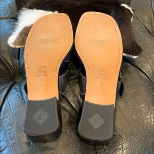 Donald J. Pliner Shoes - New! Hard to find NARROW sandals!